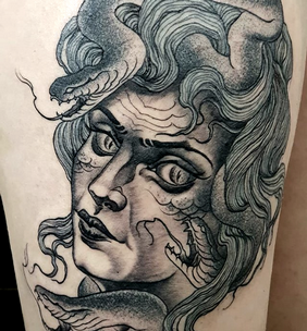 new traditional tatoo medusa meduse.png